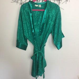 Green VINTAGE VICTORIAS SECRET TASSLE robe